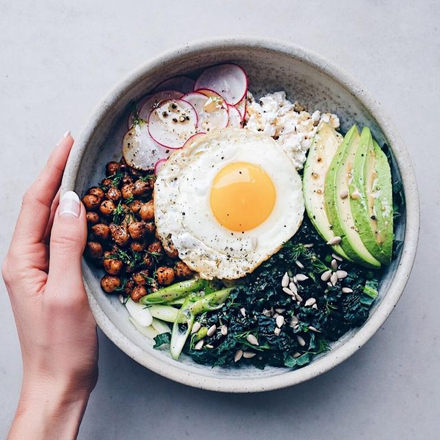 Green goddess bowl on fleek! Just took a killer barre3hellip