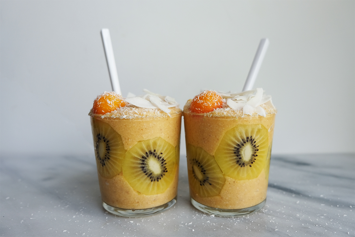how to make a pina colada smoothie without alcohol