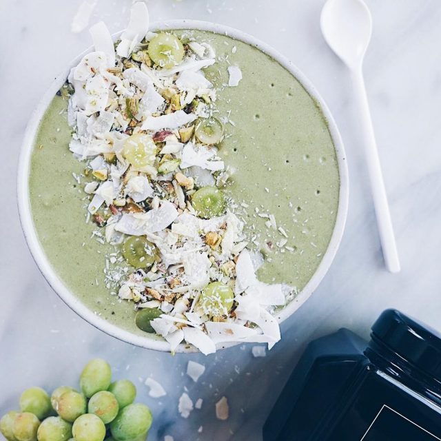 Super luscious green smoothie bowl made with superelixir Alkalizing Greenshellip