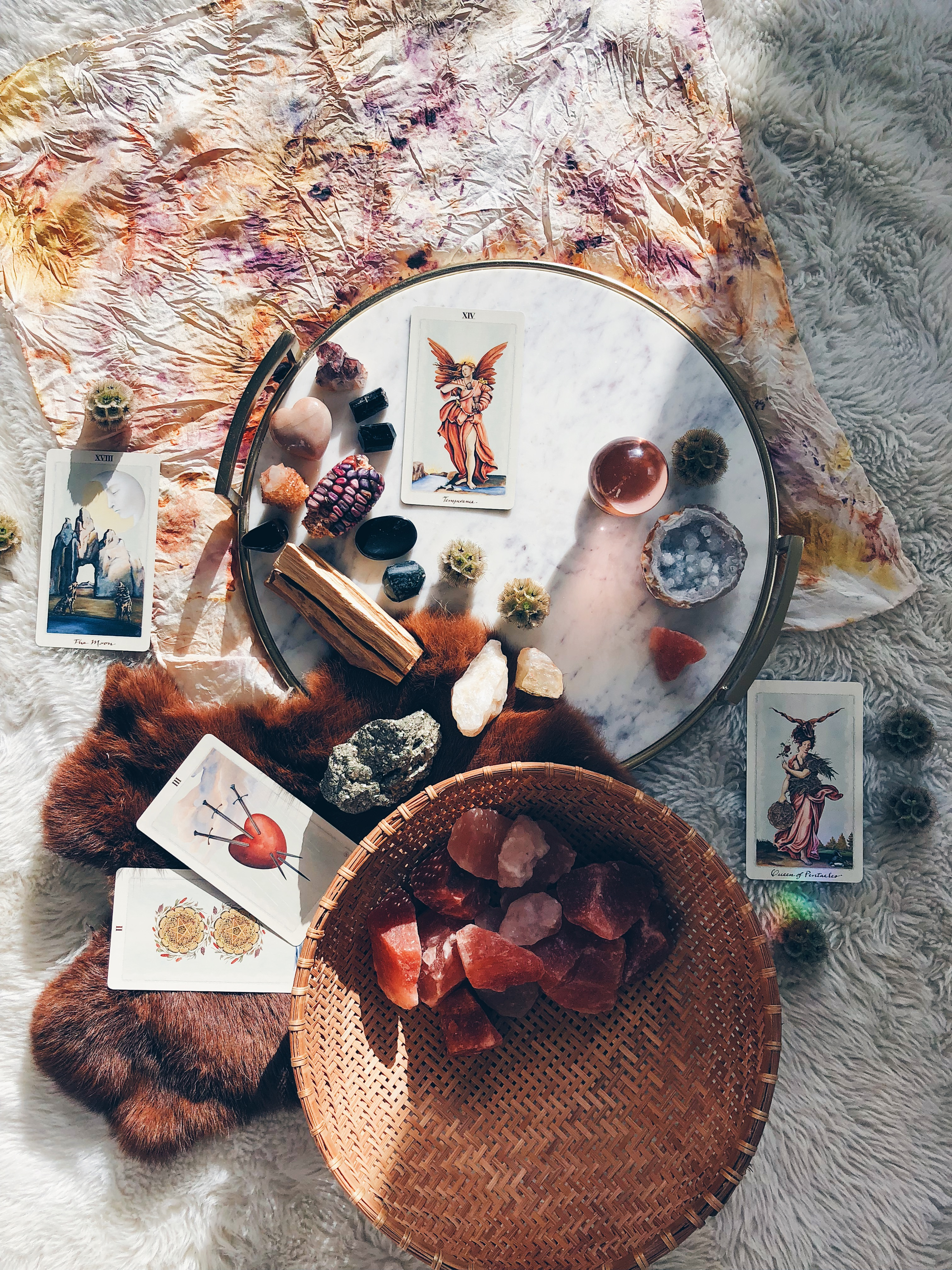 Moon Magic: How to Create Rituals Around the Cycle of the